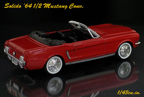 Solido_mustang_conv_rr