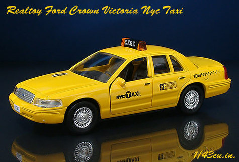 Realtoy_crown_vic_nyc_ft1_3
