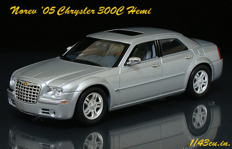 Norev_chrysler_300_ft3