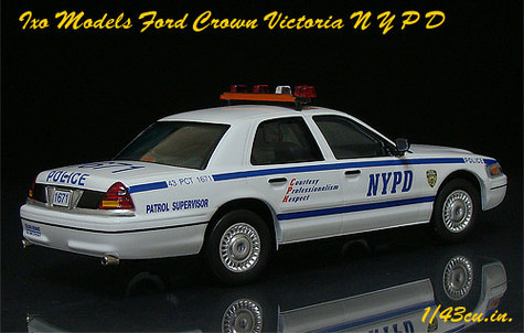 Ixo_crown_vic_nypd_rr_02
