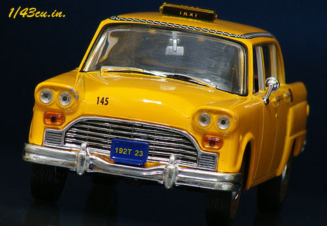 Uh_007_checker_cab_3