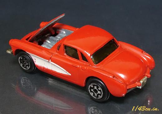 Kidoco_56_57_corvette_3