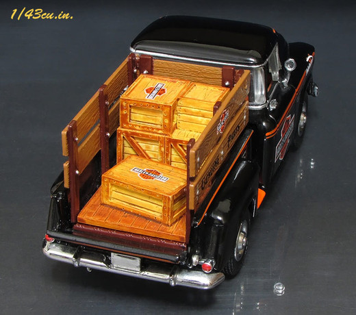 Matchbox_chevy3100_harley_6