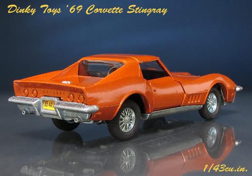 Dinky_69_corvette_3