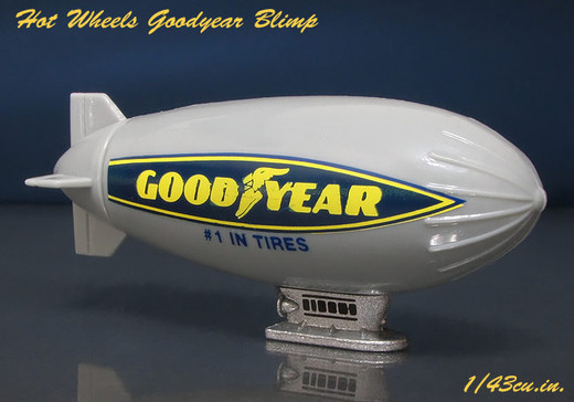 Hw_goodyear_blimp_4