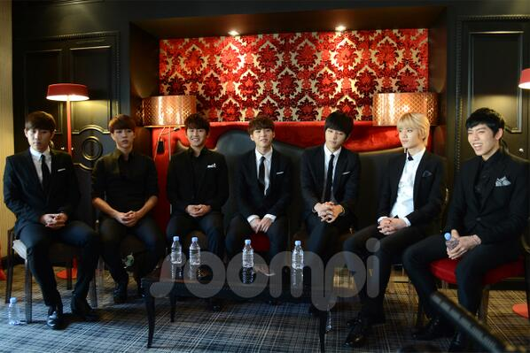 131203 Soompi France Exclusive Interview with INFINITE 2