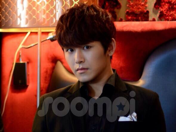 131203 Soompi France Exclusive Interview with INFINITE 8