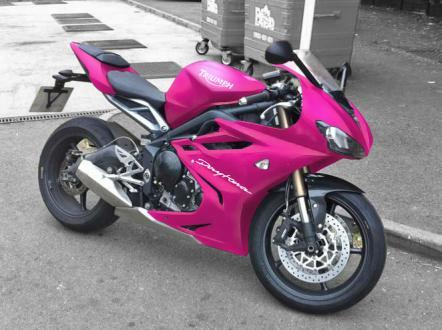 2013_Daytona675_Pink.jpg
