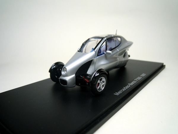 Mercedes benz f300 life jet spark for Mercedes benz battery life