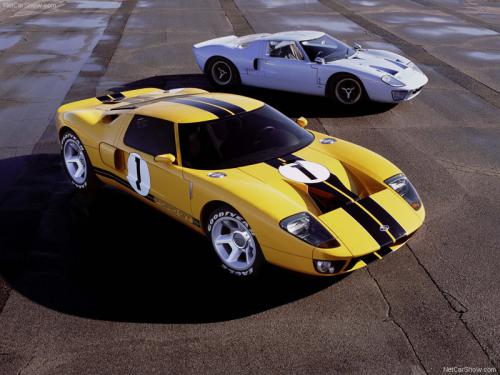 Ford-GT40_Concept_2002_800x600_wallpaper_04.jpg