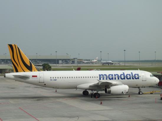 A320_RI.jpg