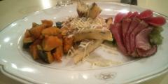 前菜3種(フリッタータ・パストラミポークサラミ・かぼちゃのマリネ)