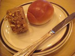 ◆バターロールとセサミのパン