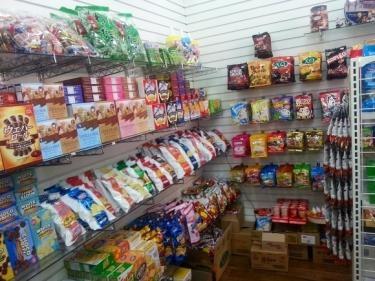 価格は1000ウォンからで色々なお菓子が販売されています^^