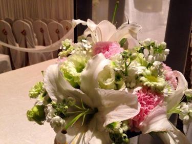 語学学校時代の友達が今日韓国で結婚します。