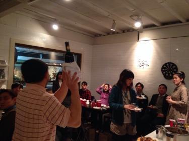 いつも日韓スタディでお世話になっているBistro6942さんと合同企画、3周年パーティを行いました^^