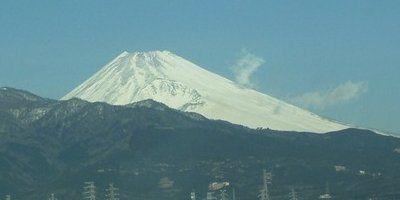 2012年1月25日 蒸気を上げているとされる富士山