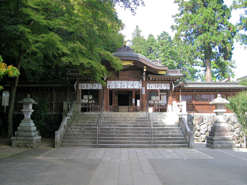 800px-Hidaka_Saitama_Koma_Shrine_Shinmon_1.jpg
