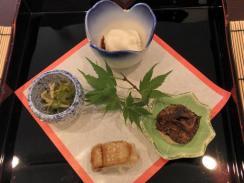生湯葉・きぬかつぎ・穴子寿司など