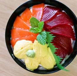 南三陸オーイング菓子工房RYO キラキラ丼?