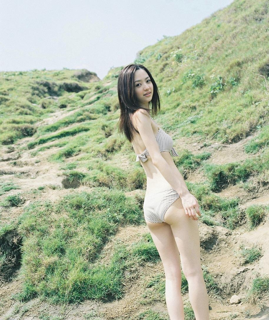 aizawa_rina_04_02.jpg