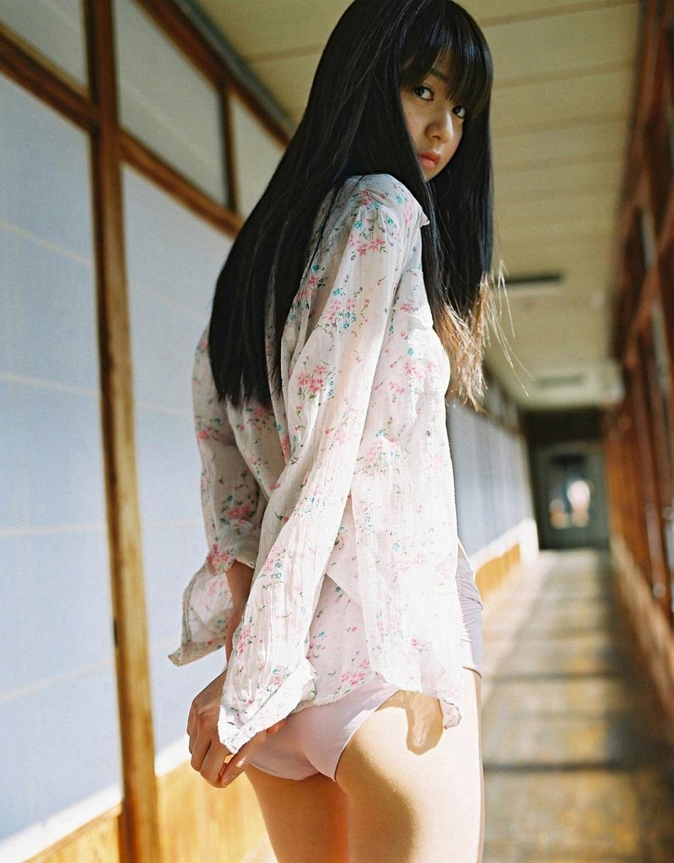 aizawa_rina_ex05.jpg