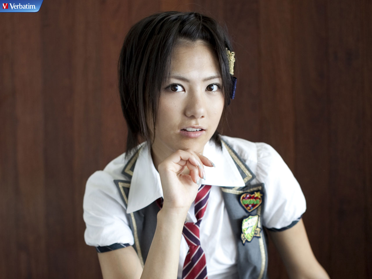 衣装とヘアスタイルが素敵な宮澤佐江