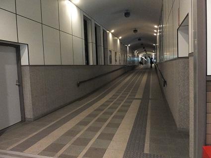 夜の室蘭駅1