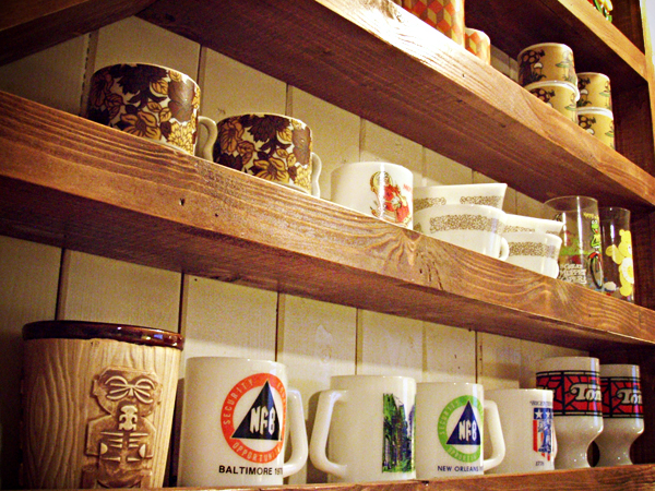 Tracis_Cafe_Shelf.jpg