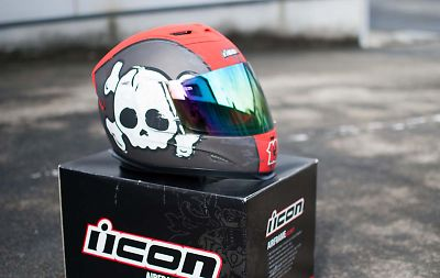 icon 13ヘルメット