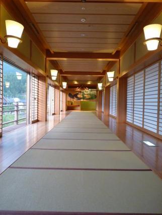 結構感動的な廊下。