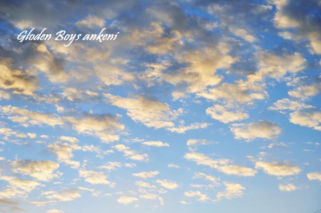 030  雲