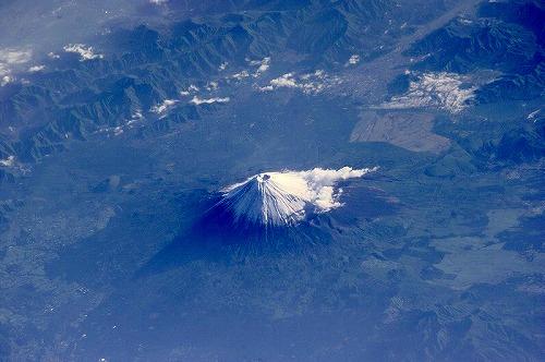 s-国際宇宙ステーションから見た富士山