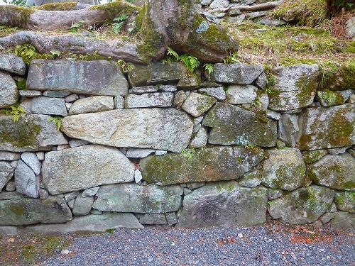 穴太の石積み①130112