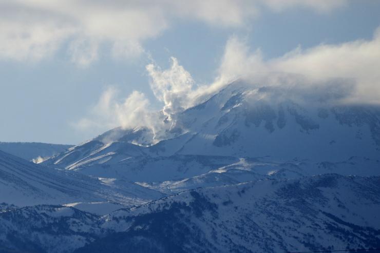 一切経山の噴気