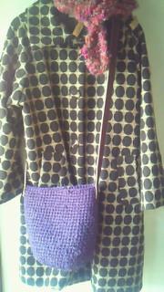 裂き編み紫ななめがけ