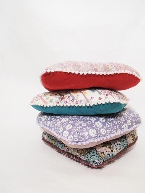 cushion 1a