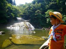 ゆーひ坊ちゃまの川遊びタイム