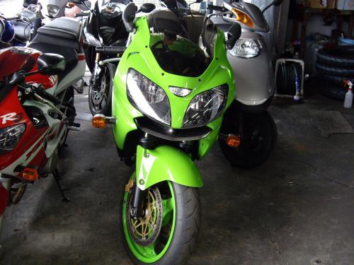 zx9r20111002_1.jpg