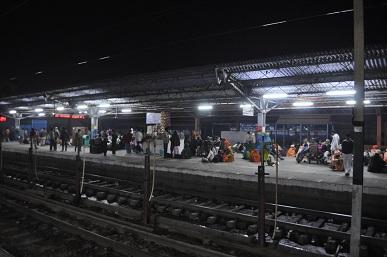 アーグラー駅