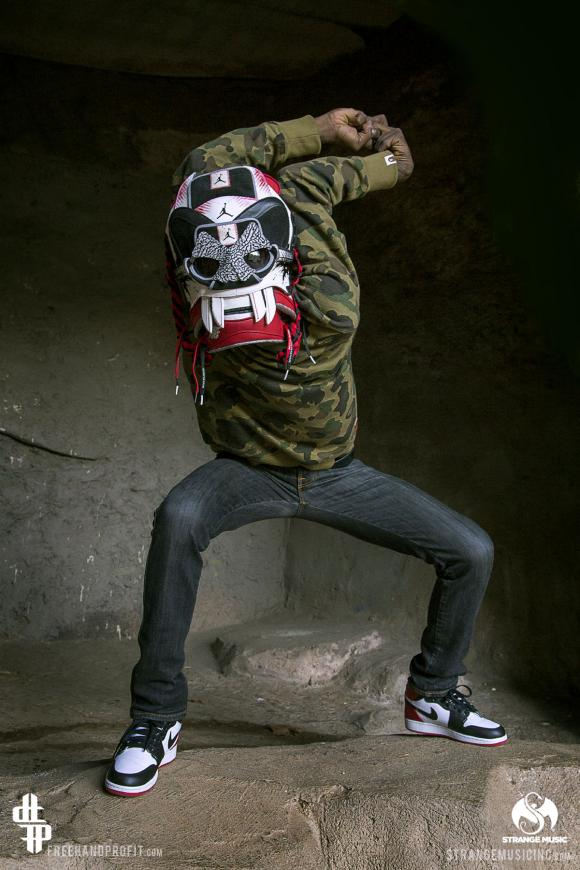 freehand-profit-jordan-1-mask-tech-n9ne-band-of-psychos-tour-10_convert_20141103231714.jpg