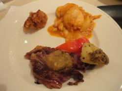 お肉、エビチリ、唐揚げ