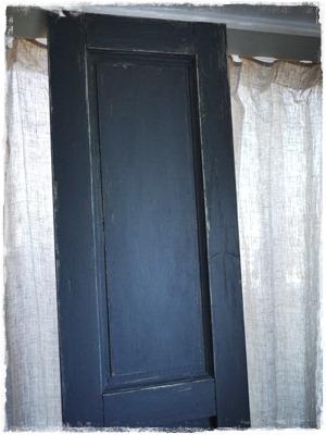 graydoor1.jpg