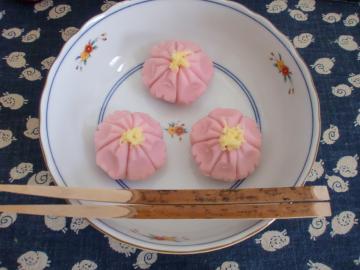コスモス生菓子