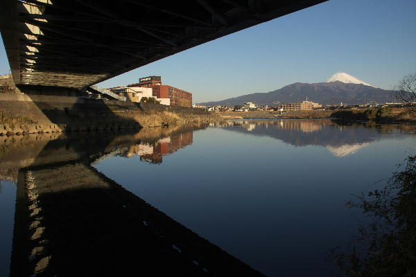 香貫大橋の下-1