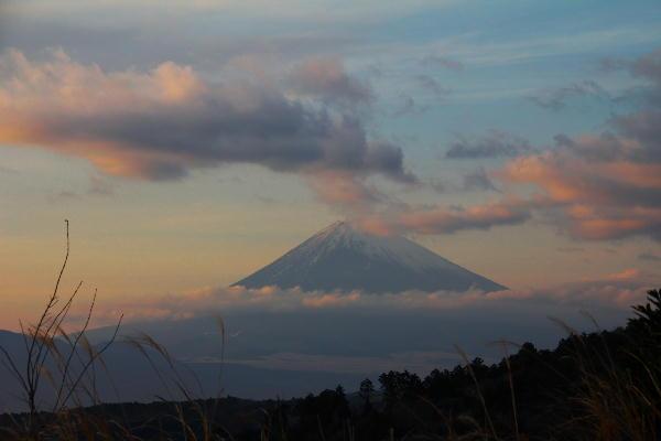 熱函トンネル前の富士山