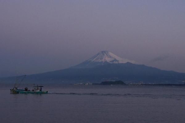 IMG_4924.jpg 西浦の富士山漁船.jpg