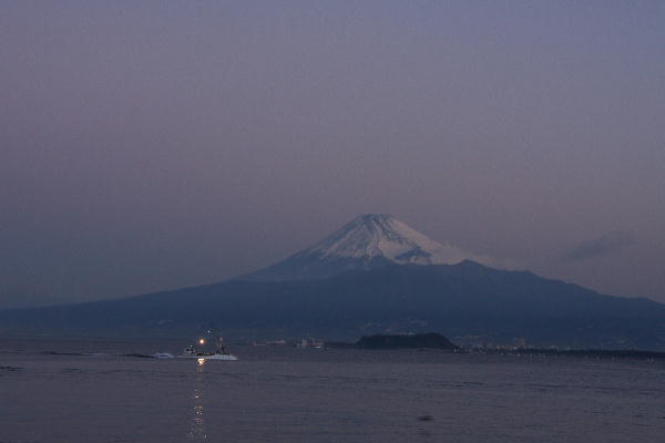 IMG_4925.jpg 西浦の富士山灯り.jpg