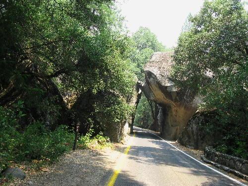 IMG_0501.jpg 岩のトンネル-501.jpg