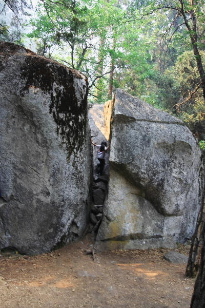 IMG_0424.jpg 巨大岩-1.jpg